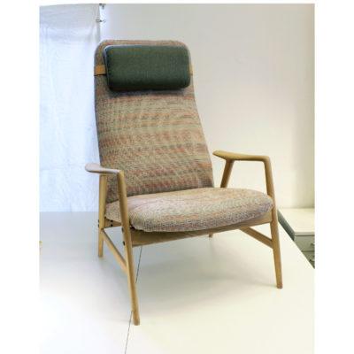 """SÅLD! Alf Svenssons fåtölj """"Contour"""" ritad 1955 - ingår i Studio-collektionen. Se vår webbutik."""